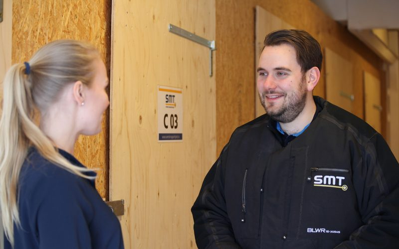 Vi på Svensk Magasintjänst är ett lösningsorienterat företag som aldrig ser problem, bara lösningar.